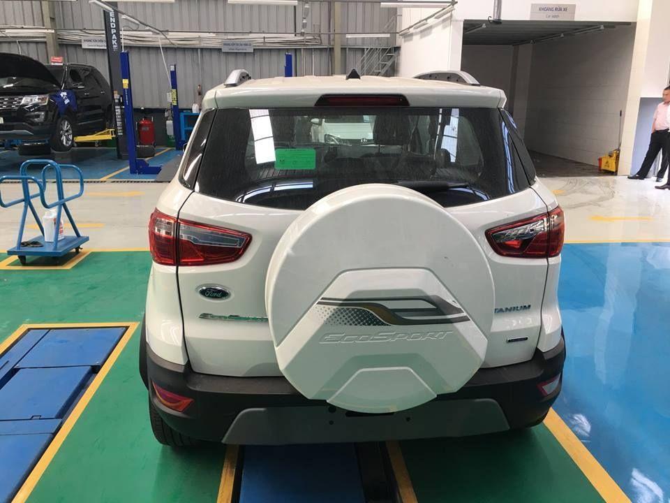 Cần bán Ford EcoSport Titanium 1.0 đời 2019, màu trắng, giá tốt