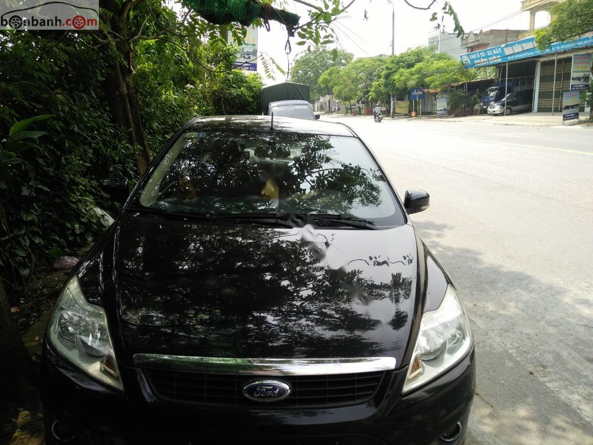 Cần bán Ford Focus đời 2010, màu đen