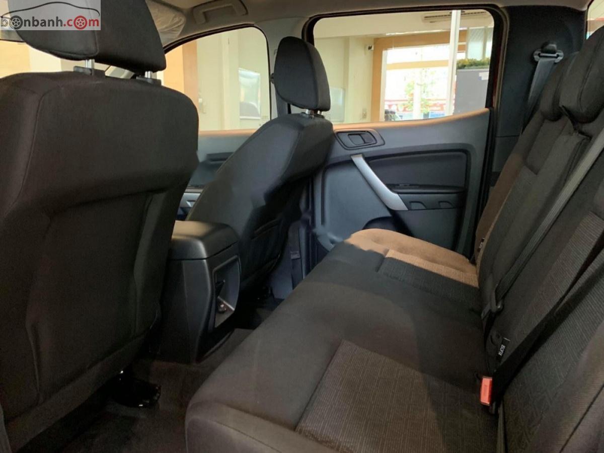 Cần bán Ford Ranger XLS 2.2L 4x2 AT đời 2019, màu đỏ, xe nhập, giá 630tr