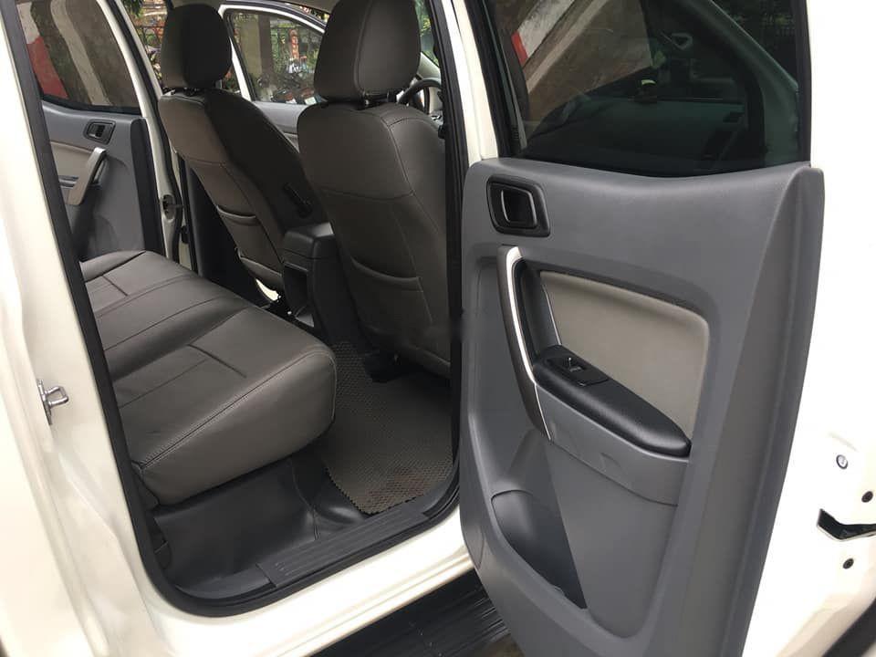 Bán Ford Ranger đời 2016, màu trắng, nhập khẩu nguyên chiếc