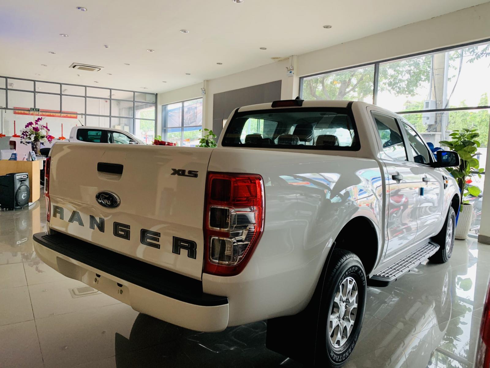 [Ford Ranger 2019 new 100%] Ưu đãi lớn tháng 09, tặng ngay bộ phụ kiện chính hãng khi mua Ford An Đô - Lh: 0987987588