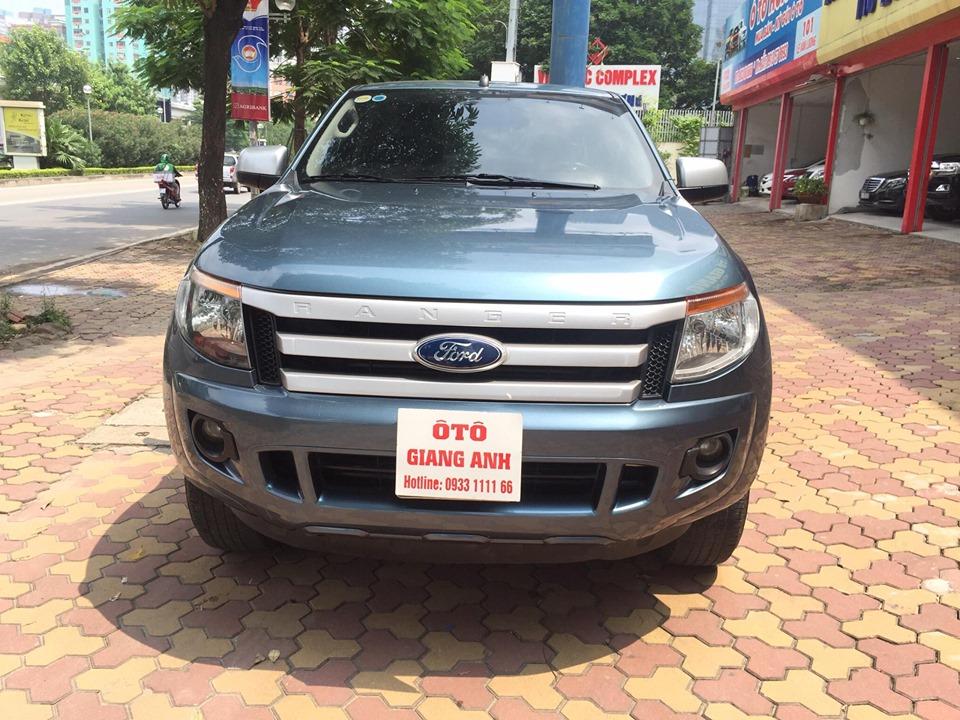 Ford Ranger XLT 2.2 diesel MT sản xuất 2015, đăng ký 7/2015, nhập khẩu Thái Lan bản full option. Odo 6 vạn km