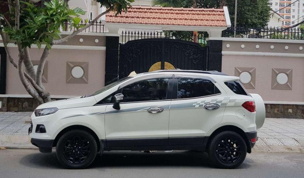 Cần bán Ford EcoSport Titanium đời 2016, màu trắng, nhập khẩu