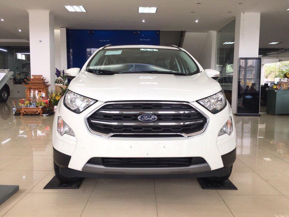 Xe Ford EcoSport 1.5 titanium đời 2019, màu trắng. LH 0766.120.596