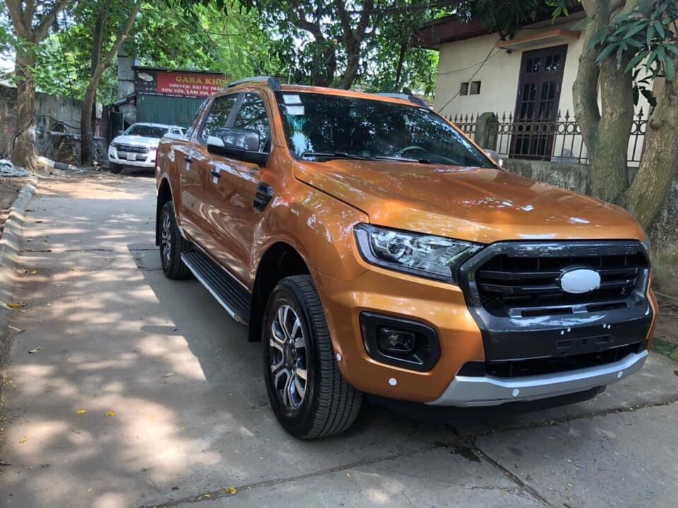 Ford Ranger Wildtrak 2.0L màu cam, khuyến mại khủng giao ngay, gọi ngay 0978 018 806