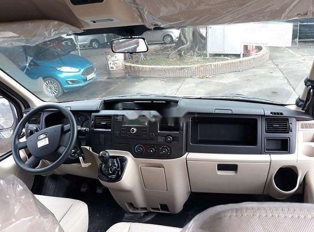 Bán ô tô Ford Transit MT 2018 giá tốt