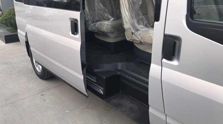 Bán Ford Transit SVP sản xuất 2018, hỗ trợ tốt