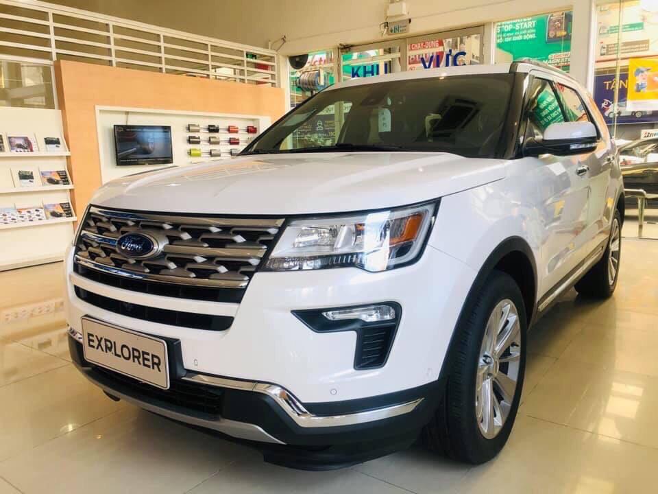 Bán Ford Esplorer đời 2020, màu trắng, nhập khẩu chính hãng