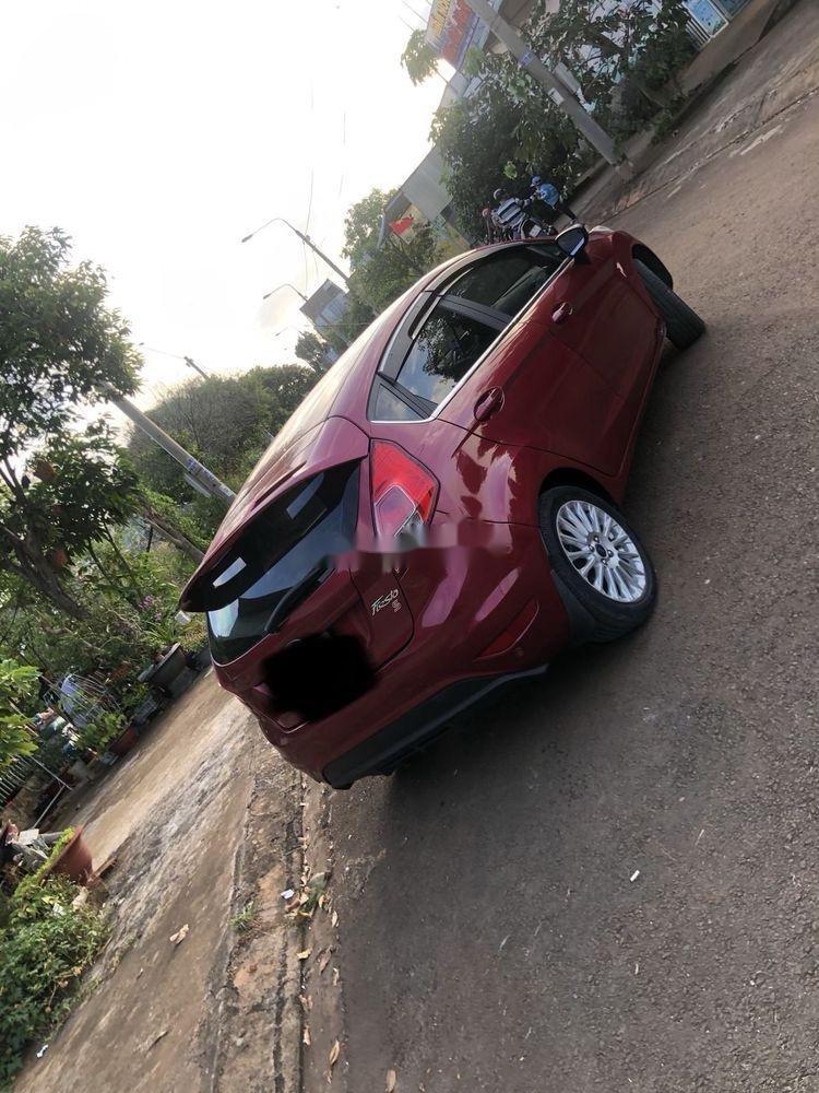 Bán Ford Fiesta năm sản xuất 2018, màu đỏ, 456tr