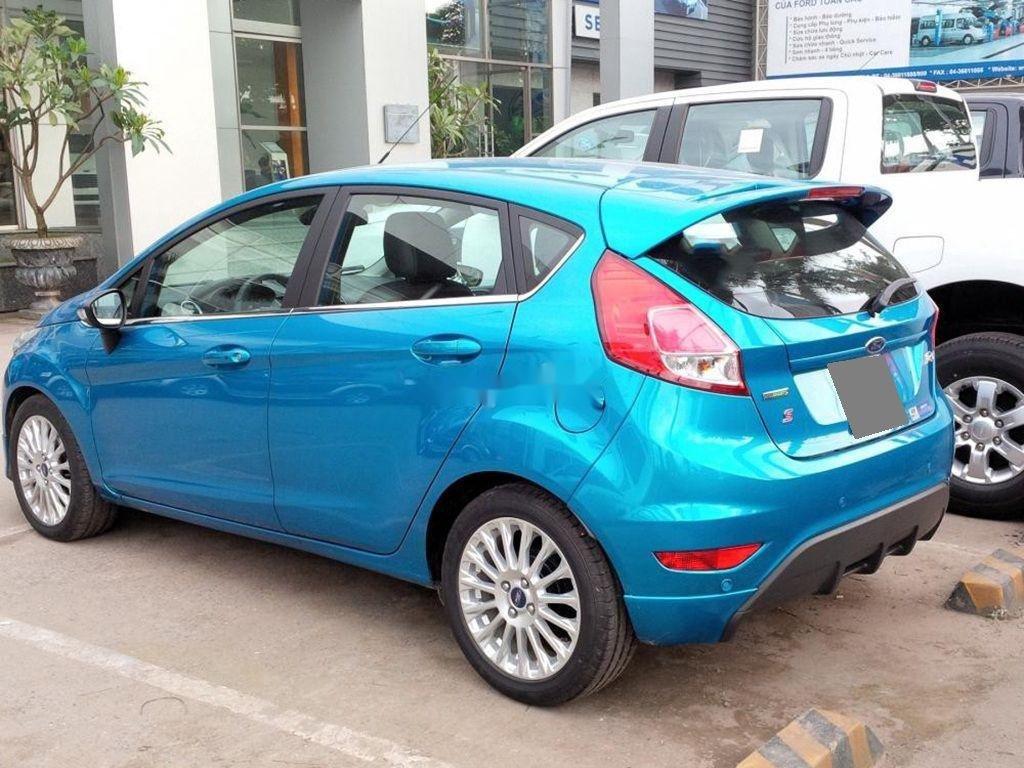 Bán Ford Fiesta 2015, màu xanh lam, chính chủ