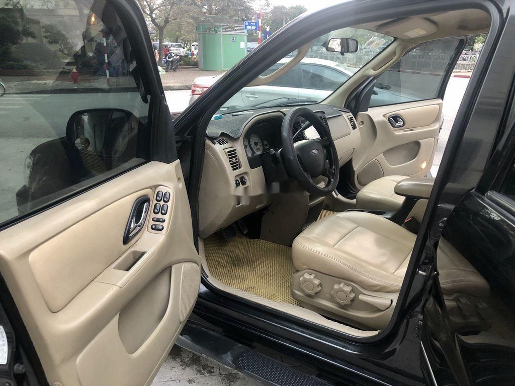 Cần bán Ford Escape 2.3L AT năm 2005, màu đen số tự động