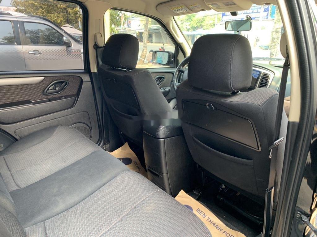 Bán Ford Escape sản xuất năm 2011, màu đen số tự động giá cạnh tranh