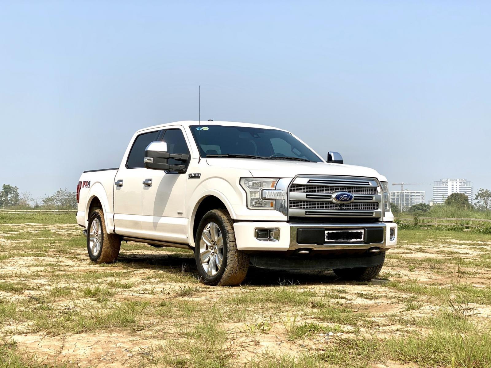 Cần bán xe Ford F 150 Platinum sản xuất 2015, màu trắng, xe nhập