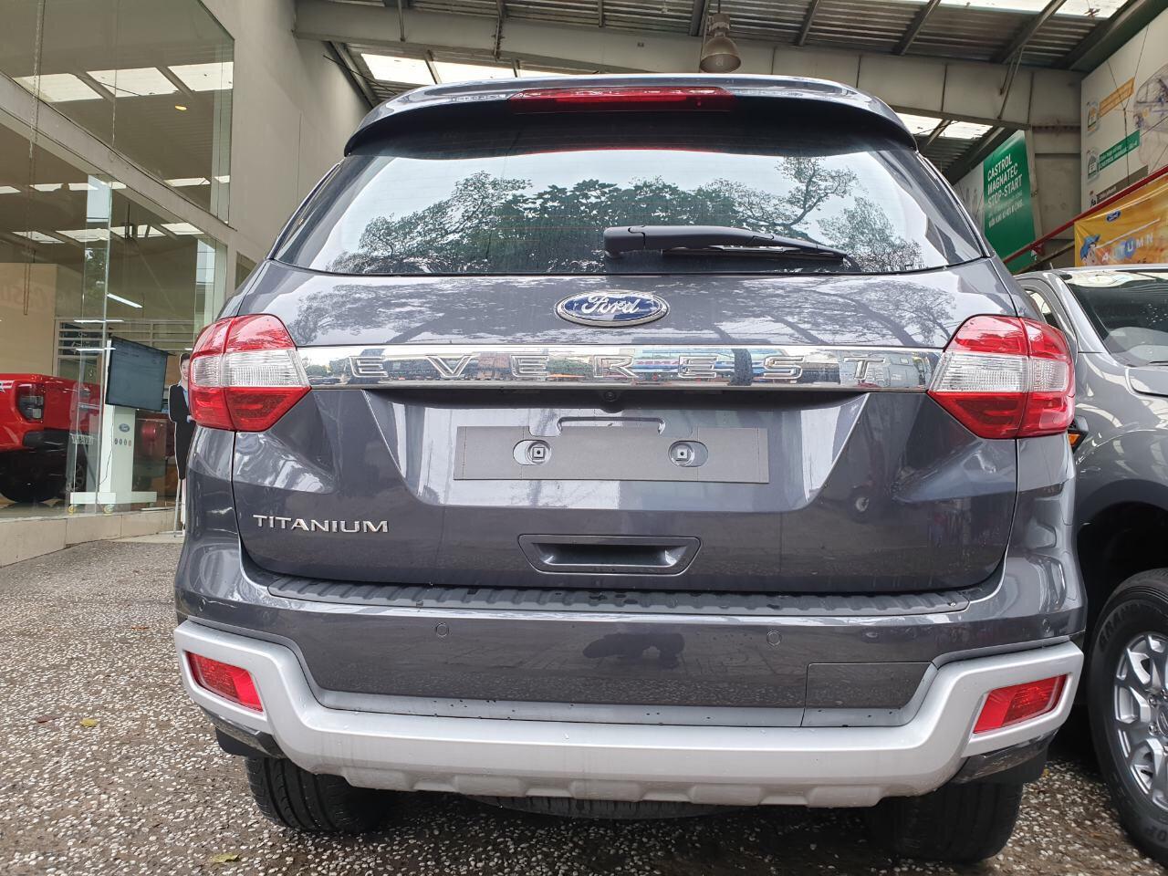 Bán xe Ford Everest 2020, nhập khẩu chính hãng, giá chỉ 879 triệu