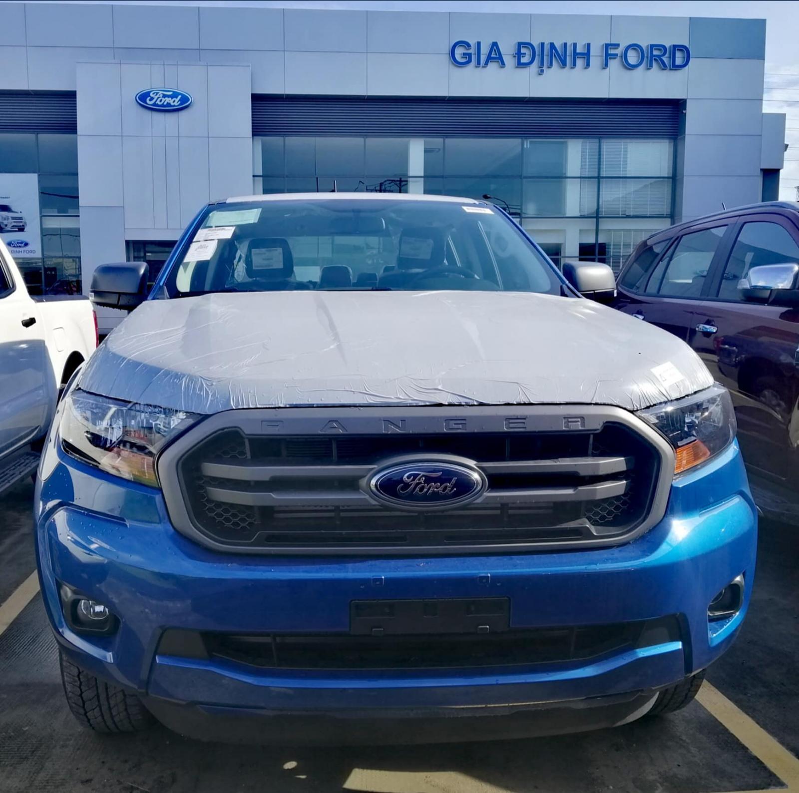 Bán xe Ford Ranger XLS năm 2020, màu xanh lam, nhập khẩu
