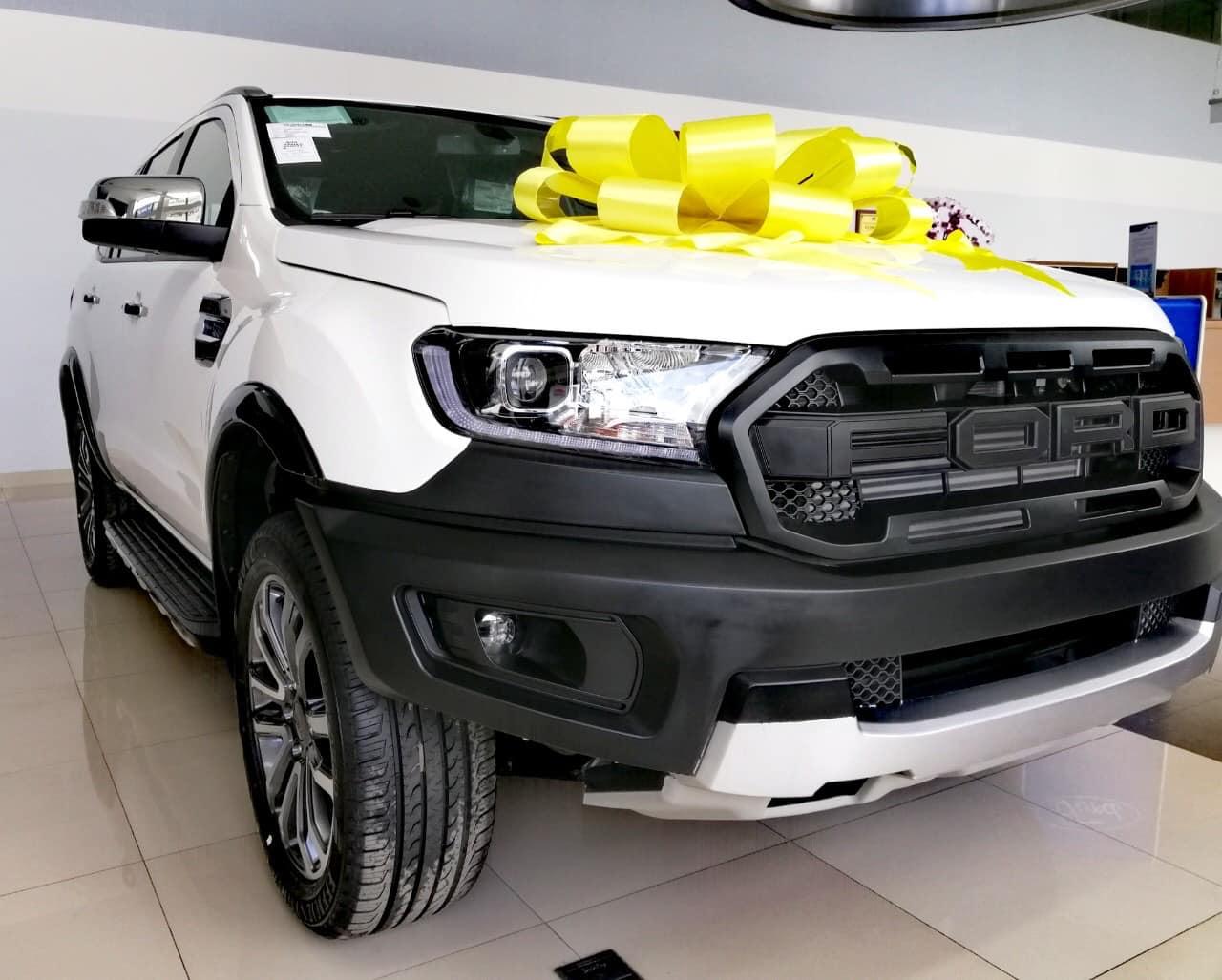 Bán xe Ford Everest Titanium 2020, nhập khẩu chính hãng