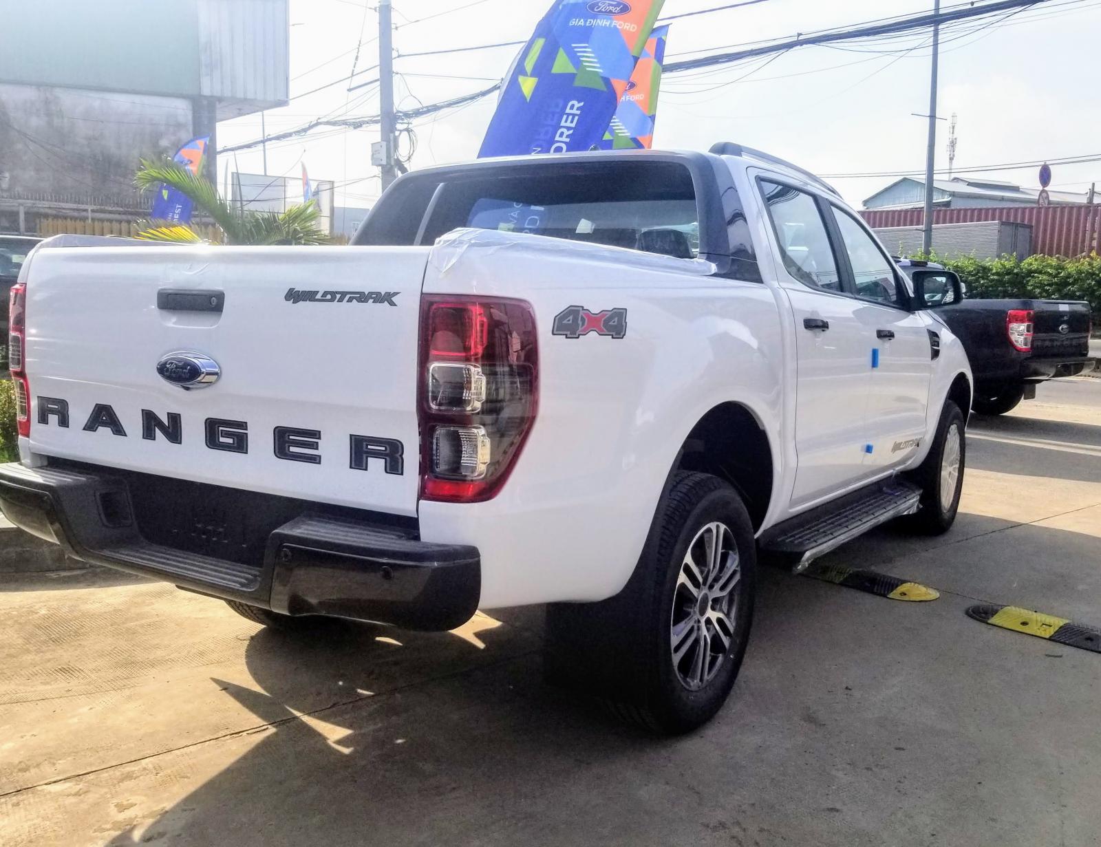 Ranger Wildtrak 4x2 2020 màu trắng ưu đãi khủng
