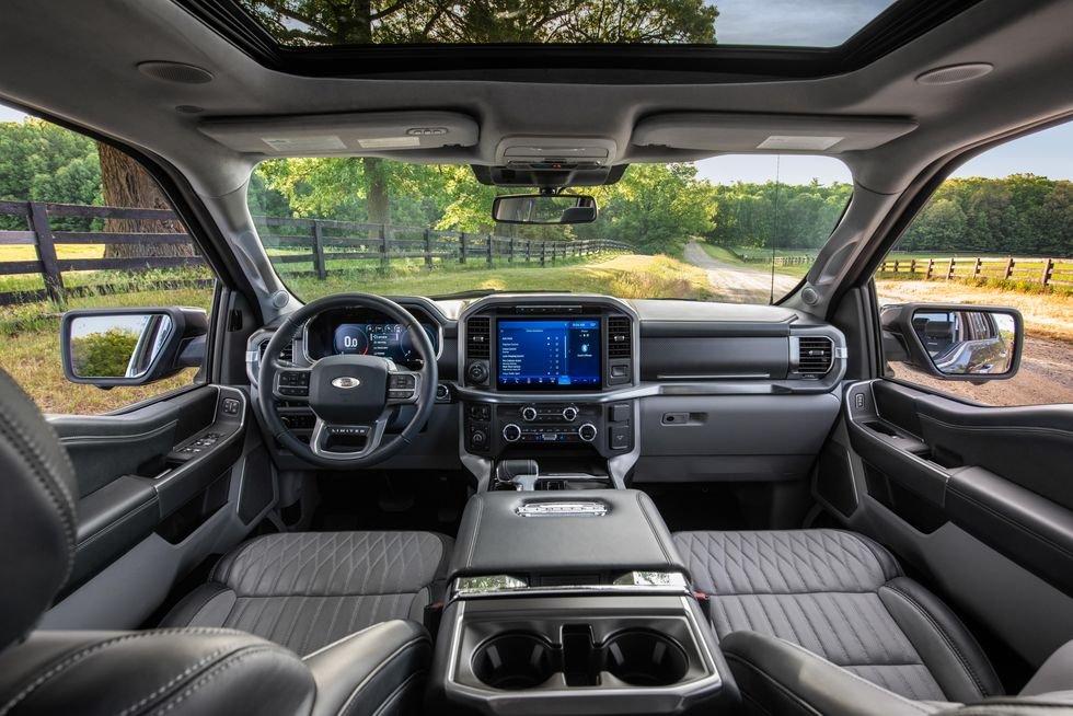 Ford F150 Limited 2021 màu đen, giá tốt giao xe ngay