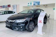 Cơn lốc siêu giảm giá ô tô đổ bộ dịp cuối năm