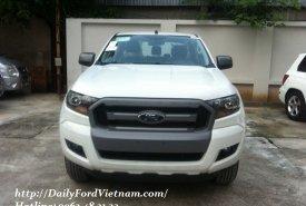 Cần bán lại xe Ford Loại xe XLS 4x2 AT đời 2018, màu trắng, hỗ trợ trả góp tại Bắc Giang giá 675 triệu tại Bắc Giang