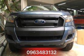 Ford Ranger XL 4x4 MT màu xanh thiên thanh, phiên bản rẻ nhất đi công trình, thị trường giá 634 triệu tại Hà Nội