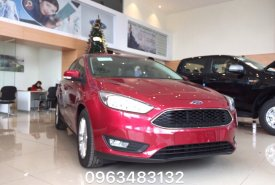 Cần bán xe Ford Focus Trend 4 cửa 1.5L Ecoboost đời 2018, màu đỏ, hỗ trợ trả góp 80% giá 600 triệu tại Vĩnh Phúc