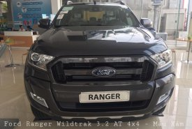 Giao ngay Ford Ranger Wiltrak 3.2 AT 4x4 màu xám, hỗ trợ trả góp 80% và hoàn thiện lăn bánh giá 925 triệu tại Hà Nội