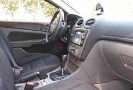 Bán Ford Focus Hatchback 1.8 AT đăng ký tháng 12, năm 2011, màu trắng giá cạnh tranh giá 375 triệu tại Tp.HCM