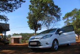 Bán Ford Fiesta 5dr 1,6AT đời 2011, màu trắng giá 345 triệu tại Tp.HCM