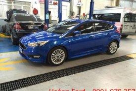 Bán Ford Focus bản cao cấp màu xanh, giá tốt, liên hệ 0901.979.357 - Mr. Hoàng giá 599 triệu tại Đà Nẵng