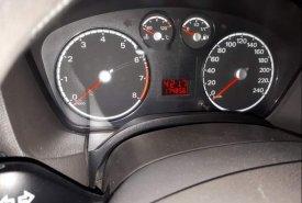 Chính chủ bán lại xe Ford Focus năm sản xuất 2010, màu đen giá 320 triệu tại Hà Nội