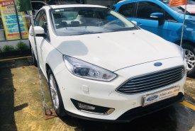 Cần bán Ford Focus sản xuất 2018, màu trắng, xe gia đình giá tốt 679 triệu đồng giá 679 triệu tại Tp.HCM