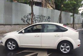 Cần bán xe Ford Focus đời 2011, màu trắng chính chủ giá 345 triệu tại Hà Nội