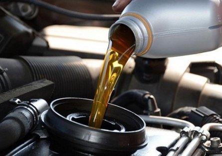 Những lưu ý quan trọng khi thay dầu xe Ford Ranger